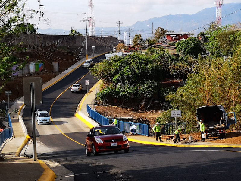 Foto puente Heredia