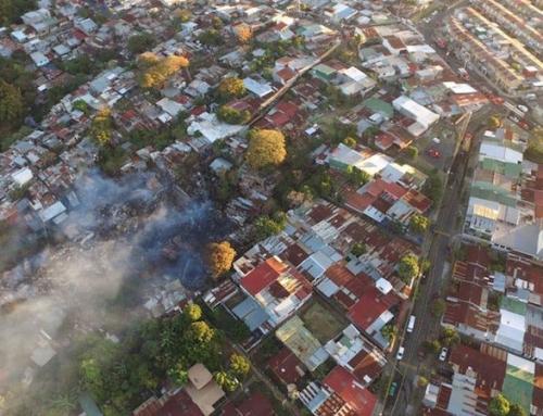 Incendio en Guararí se convierte en el caso de mayor magnitud atendido por los Bomberos