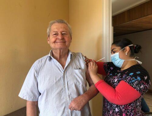 Clínica Cubujuquí inicia vacunación contra covid-19